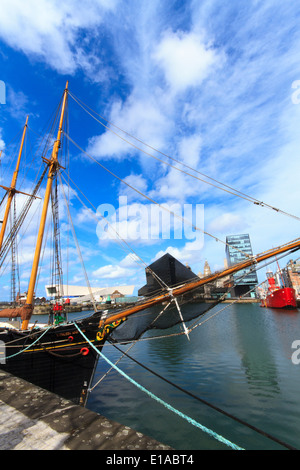 Albert Dock, Liverpool's historic waterfront, Liverpool, England. - Stock Photo