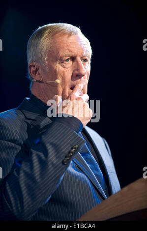 Hay on Wye Wales UK Thursday 29 May 2014 Chris Tarrant discussing his book 'Dad's War' at Hay Festival 2014. Hay - Stock Photo