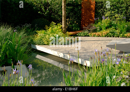 The rbc waterscape garden a gold medal winner designed by hugo bugg stock photo 69709474 alamy - Chelsea flower show gold medal winners ...