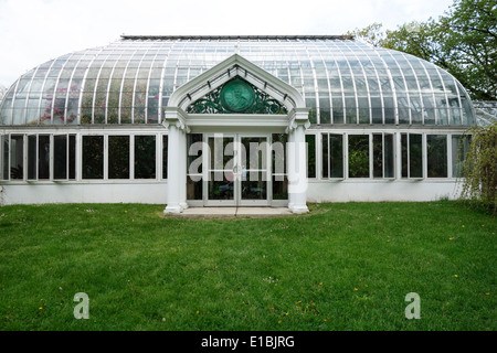 Ny Botanical Garden Entrance Stock Photo Royalty Free Image 110622869 Alamy