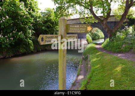 Sign for the Thames Path National Trail beside St Johns Lock on the River Thames at Lechlade, Gloucestershire UK - Stock Photo