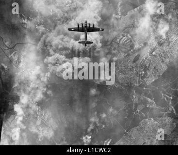 B-17 bomber during an March 1945 bombing raid on Erkner, Germany. World War 2. (BSLOC_2014_6_13) - Stock Photo
