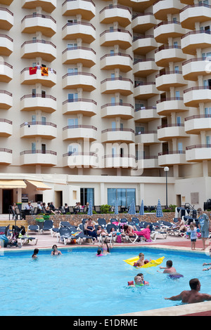Holiday Makers Enjoy The Swimming Pool At The Sun Centre Trecco Bay Stock Photo 84140755 Alamy
