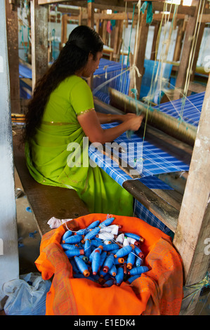India, Kerala state, Trivandrum or Thiruvananthapuram, Kerala capital, weaving factory - Stock Photo
