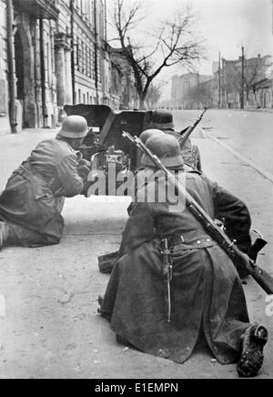 Propaganda text! from Nazi news reporting on the back of the picture: 'Kharkov in the hands of the German army. - Stock Photo