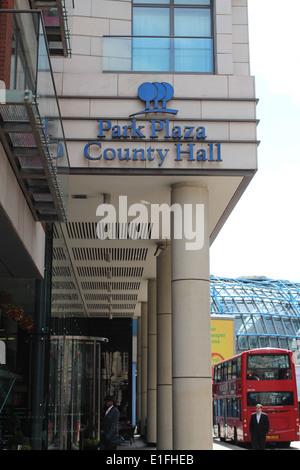 Park Plaza County Hall entrance and sign - Stock Photo