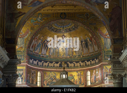 Rome, Italy. Basilica di Santa Maria in Trastevere. 12th century mosaics in the apse. - Stock Photo