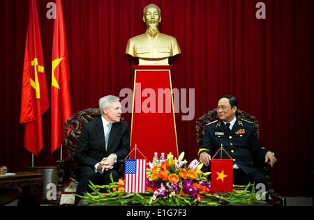 Secretary of the Navy Ray Mabus speaks with Vietnamese navy Vice Adm. Nguyen Van Hien during an office call Nov. - Stock Photo