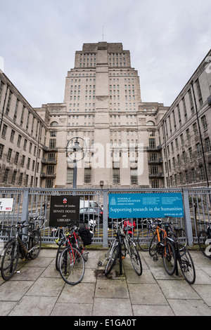 University of London, Senate House & Library sign, Malet Street, London, UK - Stock Photo