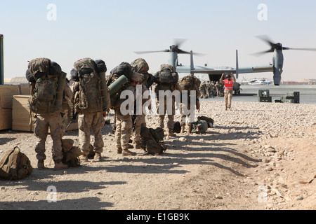 U.S. Marines with India Company, Battalion Landing Team 3/8, 26th Marine Expeditionary Unit (MEU), Regimental Combat - Stock Photo