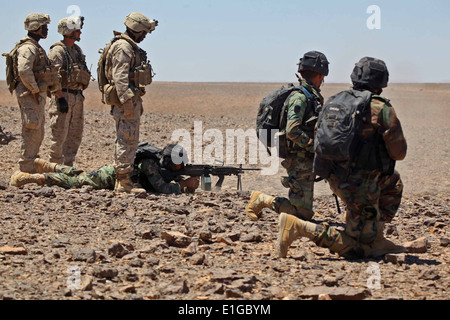 U.S. Marines with Charlie Company and Weapons Company, Battalion Landing Team, 1st Battalion, 2nd Marine Regiment, - Stock Photo