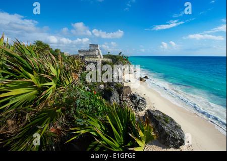 Mexico, Tulum, archeological and ancient Maya site of Tulum, caribbean sea, Tulum beach - Stock Photo