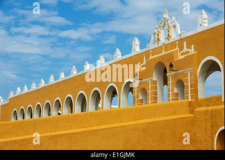 Mexico, Yucatan state, Izamal, yellow city, Convento De San Antonio De Padua, Convent of San Antonio De Padua, - Stock Photo