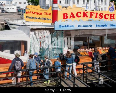 sale of fish at 'Alter Strom' in Rostock-Warnemünde, Mecklenburg-Vorpommern, Germany - Stock Photo
