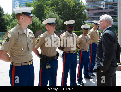 U.S. Secretary of the Navy Ray Mabus, right, speaks with Marines assigned to the U.S. Embassy in Santiago, Chile, - Stock Photo