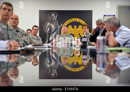 U.S. Army Gen. Frank Grass, center, the chief of the National Guard Bureau, meets with senior leaders guiding the - Stock Photo