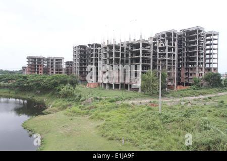 Dhaka 02 June 2014. Under construction building in Dhaka. - Stock Photo