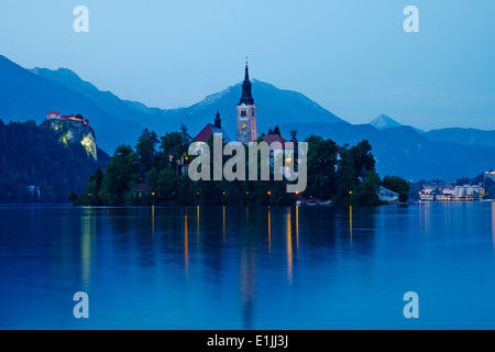 Slovenia, Bled, Lake Bled and Julian Alps, church of the Assumption - Stock Photo
