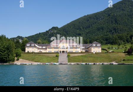 Austria, Salzkammergut, Salzburg State, Lake Wolfgangsee, Ried am Wolfgangsee, Ferienhort - Stock Photo