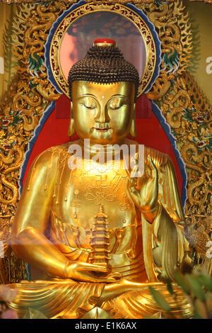 Po Lin Monastery.  Shakyamuni Buddha statue in main Hall. - Stock Photo