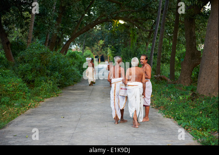 India, Tamil Nadu, Kanchipuram, Devarajaswami temple - Stock Photo