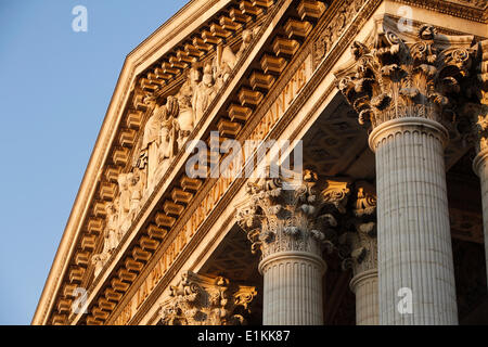 Le PanthŽon, Paris. Pediment & Corinthian columns - Stock Photo