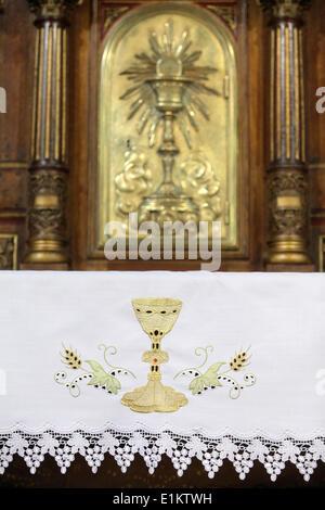 Sainte-Marie des Batignolles church altar & tabernacle - Stock Photo