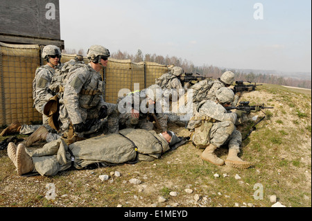 U.S. Army paratroopers assigned to the 1st Battalion, 503rd Infantry Regiment, 173rd Airborne Brigade Combat Team - Stock Photo