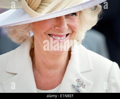 Sword Beach, Ouistreham, France. 6th June, 2014. Camilla, Duchess of Cornwall attend the D-Day commemoration to - Stock Photo