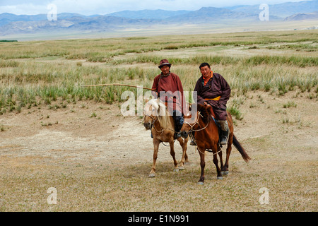Mongolia, Tov province, nomad in the steppe - Stock Photo
