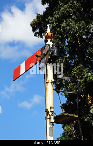 Semaphore signal showing the lower quadrant home danger at the railway station, Hampton Loade, England. - Stock Photo