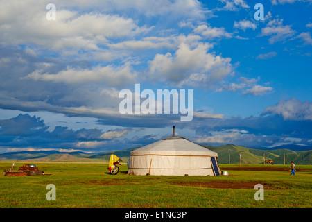 Mongolia, Ovorkhangai province, Okhon valley, Nomad camp - Stock Photo