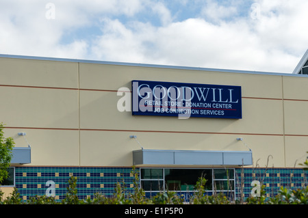 Goodwill Industries sign and building.  Tillamook Oregon - Stock Photo