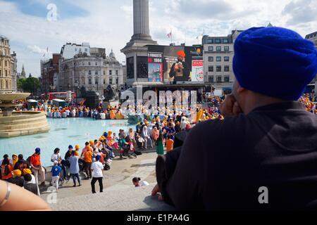London, UK. 08th June, 2014. Sikhs rally Trafalgar Square, London, UK 30th anniversary massacre Golden Temple Amritsar - Stock Photo
