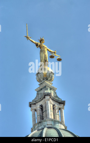 justice statue, The Old Bailey.  Central Criminal Court - Stock Photo