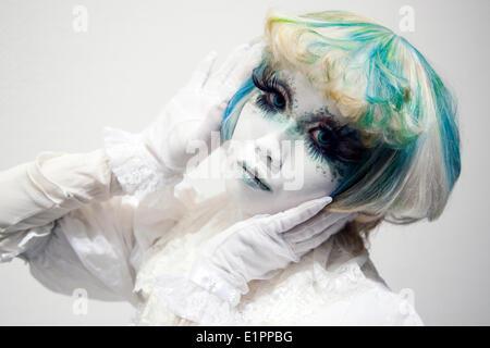"Tokyo, Japan - The Shiro-nuri artist Minori appears at the group art exhibition ""Hyo-byo Koh-Jutsu"" in Omotesando - Stock Photo"
