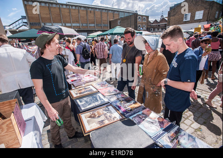 The Vauxhall Art Car Boot fair 2014 , Truman Brewery, Brick Lane , E1 - Stock Photo
