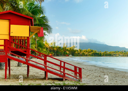 Lifeguard house, Luquillo Public Beach and El Yunque shrouded in clouds, Luquillo, Puerto Rico - Stock Photo