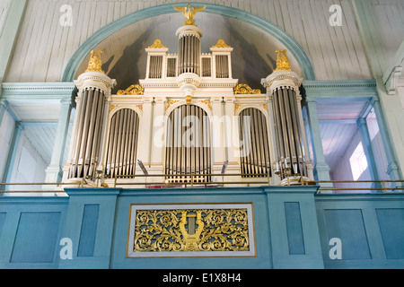 how to make a wooden pipe organ