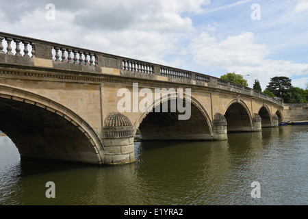 Henley on Thames Bridge, Oxfordshire, UK -1 - Stock Photo