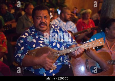 Atiu Island. Cook Island. Polynesia. South Pacific Ocean. Atiu Villas regularly organize island nights when there - Stock Photo