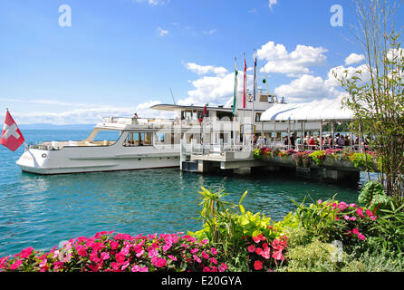 Promenade Montreux at lake Geneva - Stock Photo