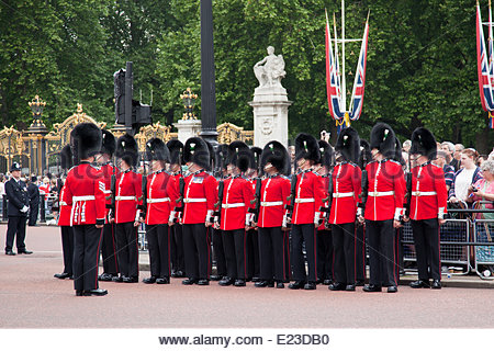 London, UK. 14th June, 2014. London celebrates The Queen's official birthday in June each year with Trooping the - Stock Photo