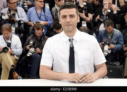 66th Cannes Film Festival - 'Inside Llewyn Davis' - Photocall  Featuring: Oscar Isaac Where: Cannes, France When: - Stock Photo