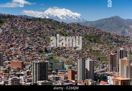 La Paz and mount Illimani (6462mts). View from Kili Kili lookout. Bolivia - Stock Photo