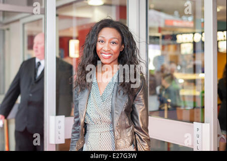 Leicester Square, London, UK. 16th June 2014. Several stars and celebrities arrived at the gala screening of the - Stock Photo