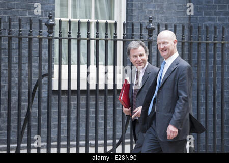June 17, 2014 - London, UK - Downing Street, London, UK. 17th June 2014. Minsters arrive at Downing Street in London - Stock Photo