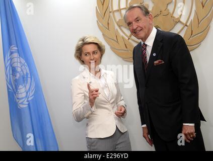 New York, USA. 17th June, 2014. German Defence Minister Ursula von der Leyen meets with deputy UN Secretary General - Stock Photo
