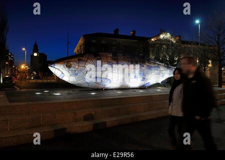 United Kingdom, Northern Ireland, Belfast, the waterfront on the Lagan riverside, The Big Fish by John Kindness - Stock Photo