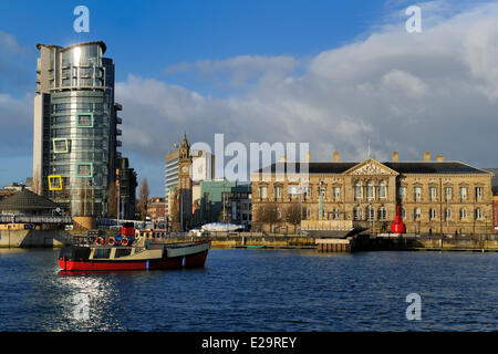 United Kingdom, Northern Ireland, Belfast, the waterfront on the Lagan riverside, the building The Boat and The - Stock Photo